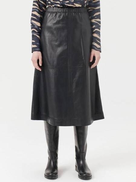 Bilde av Munthe Reine Leather Skirt
